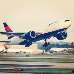 Photo taken at Hartsfield-Jackson Atlanta International Airport by Ryan H. on 7/17/2013
