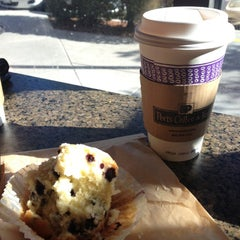 Photo taken at Peet's Coffee & Tea by Virginia B. on 10/28/2012