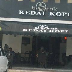Photo taken at Borak kedai Kopi by syidahcharif on 3/9/2014
