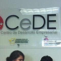 Photo taken at Unidad de Servicios Estatales (USE) Culiacán by Deisy Q. on 11/1/2012