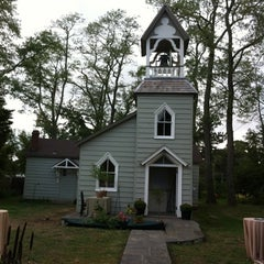 Photo taken at Rye Meeting House by Darwin E. on 9/22/2012