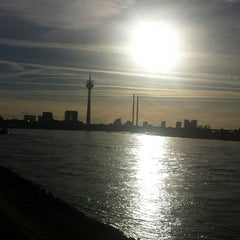 Photo taken at Düsseldorf by Mery I. on 11/25/2014