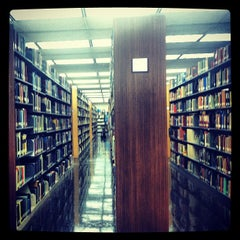 Photo taken at University Library by gno m. on 5/17/2013
