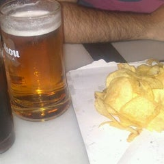 Photo taken at 100 Montaditos by Irene R. on 10/25/2012