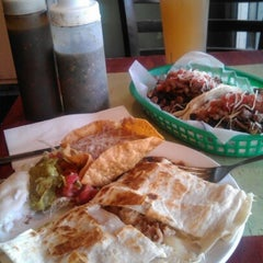 Photo taken at Taqueria la Familia by Aurangzeb A. on 11/8/2012