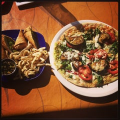 Photo taken at Uno Pizzeria & Grill - Forest Hills by Korima Y. on 5/4/2013