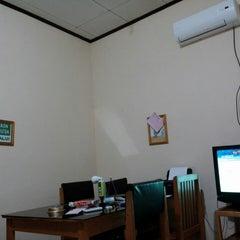 Photo taken at Kantor PT DASP Banjarbaru by Susilo Bukan Y. on 2/7/2014