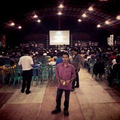 Photo taken at Gool Futsal Mangga Dua by Jaya S. on 4/16/2014