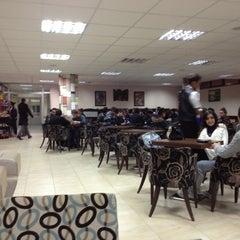 Photo taken at İktisadi Ve İdari Bilimler Fakültesi by Ragıp K. on 11/16/2012