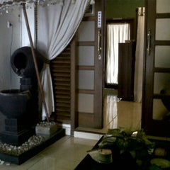 Photo taken at Aluna Home Spa (ex. Bala Bale Spa) by tata r. on 12/31/2012