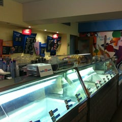 Photo taken at Baskin Robbins by Josué F. on 12/23/2011