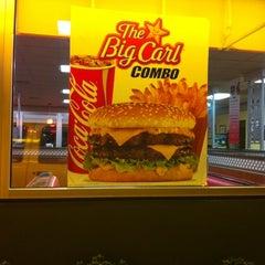 Photo taken at Carl's Jr. by BJ N. on 1/11/2011