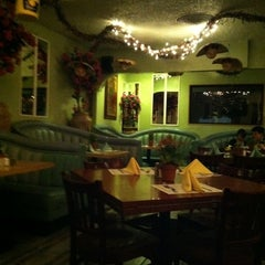 Photo taken at La Nueva Posada Mexican Restaurant by Kurt V. on 8/7/2011