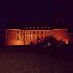 Photo taken at Château de Saint-Fargeau by Yvan G. on 8/18/2012
