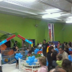 Photo taken at Boom Ballon by Saulo C. on 8/23/2011