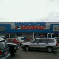 Photo taken at Homecenter Sodimac by Mario P. on 11/16/2011
