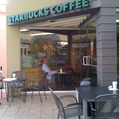 Photo taken at Starbucks by Alessandra P. on 8/12/2011