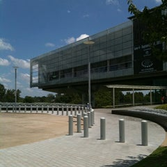 Photo taken at William J. Clinton Presidential Center and Park by John F. on 7/17/2011