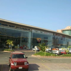 Photo taken at Auto Mall | أوتو مول by Walid M. on 9/14/2011