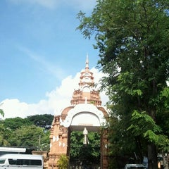 Photo taken at วัดชัยมงคล (Wat Chai Mongkol) by Tammai N. on 7/12/2011