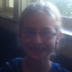 Photo taken at Chili's Grill & Bar by Lu M. on 10/17/2011