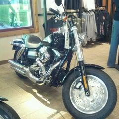 Photo taken at Andrae's Harley Davidson by Koated Karmel K. on 7/7/2012