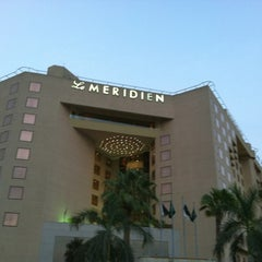 Photo taken at Le Méridien Jeddah by Teeekh on 7/18/2012