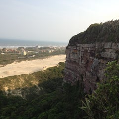 Photo taken at Farol do Morro dos Conventos by Rangel A. on 9/7/2012