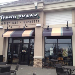Photo taken at Panera Bread by Nora L. on 3/28/2015