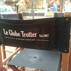Photo taken at Le Globetrotter by Manu M. on 3/9/2013