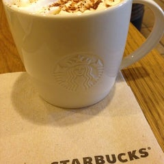 Photo taken at Starbucks by Aptraveler on 7/30/2013