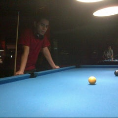 Photo taken at Shooters Pool Table™ by Diandra M. on 12/7/2012