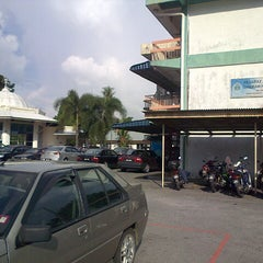 Photo taken at Pejabat Agama Islam Daerah Hulu Langat by Abu Muawiyah on 11/9/2012
