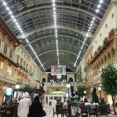 Photo taken at Mercato Mall مركز ميركاتو by Bint Alnoor on 2/24/2013