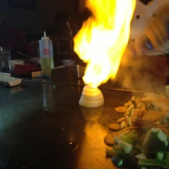 Photo taken at Kobe Japanese Steakhouse & Sushi Bar by Edgar N. on 2/2/2013