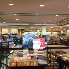 Photo taken at Barnes & Noble by Brianna C. on 11/24/2012