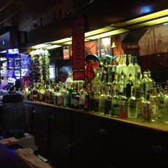 Photo taken at Simon's Tavern by Michael B. on 6/21/2013