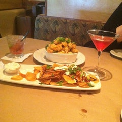 Photo taken at Bonefish Grill by Dottie L. on 5/13/2013