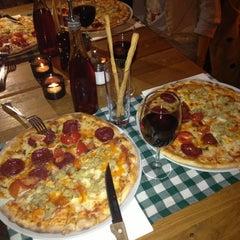 Photo taken at Pizzeria Pidos by Tugba T. on 12/29/2012