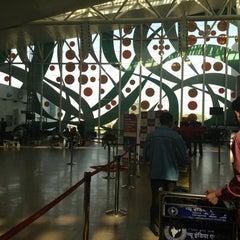 Photo taken at Sardar Vallabhbhai Patel International Airport by Pattu P. on 12/19/2012