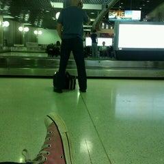 Photo taken at Qantas Baggage Carousel by bronwyn l. on 10/26/2012