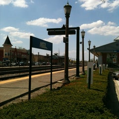 Photo taken at Metra - Elmhurst by John O. on 5/1/2013