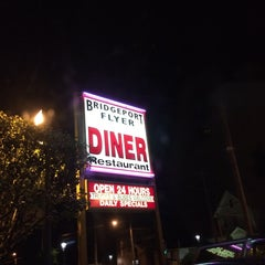 Photo taken at Bridgeport Flyer Diner by candice on 9/2/2014
