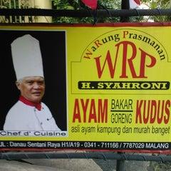 Photo taken at Warung Prasmanan WRP sawojajar by alan n. on 11/1/2012