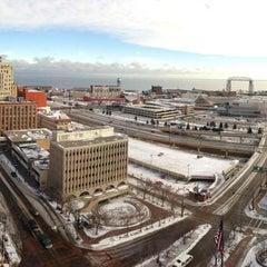 Photo taken at Radisson Hotel Duluth-Harborview by Travis W. on 11/24/2012