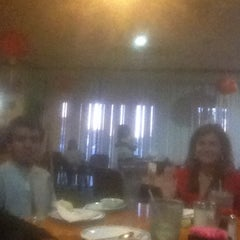 Photo taken at Taiwan Chinese Restaurant by Senon R. on 2/15/2013