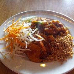 Photo taken at Sawasdee Thai Restaurant by Erik L. on 3/5/2014