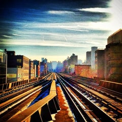 Photo taken at Metro North - Harlem 125th Station by Frank R. on 1/28/2013