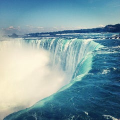 Photo taken at Niagara Falls (Canadian Side) by Евгения П. on 8/7/2013