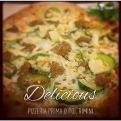 Photo taken at Pizzeria Prima O Poi by Carol on 1/10/2015